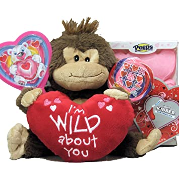 Amazon Com Greatarrivals Gift Baskets Cool Sweets And Valentine