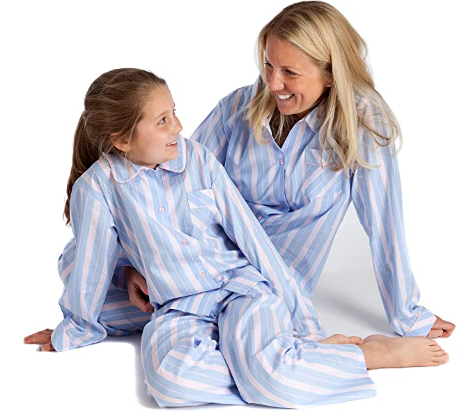 Pijama para señora (atril y niños) en azul claro y rosa - diseño a