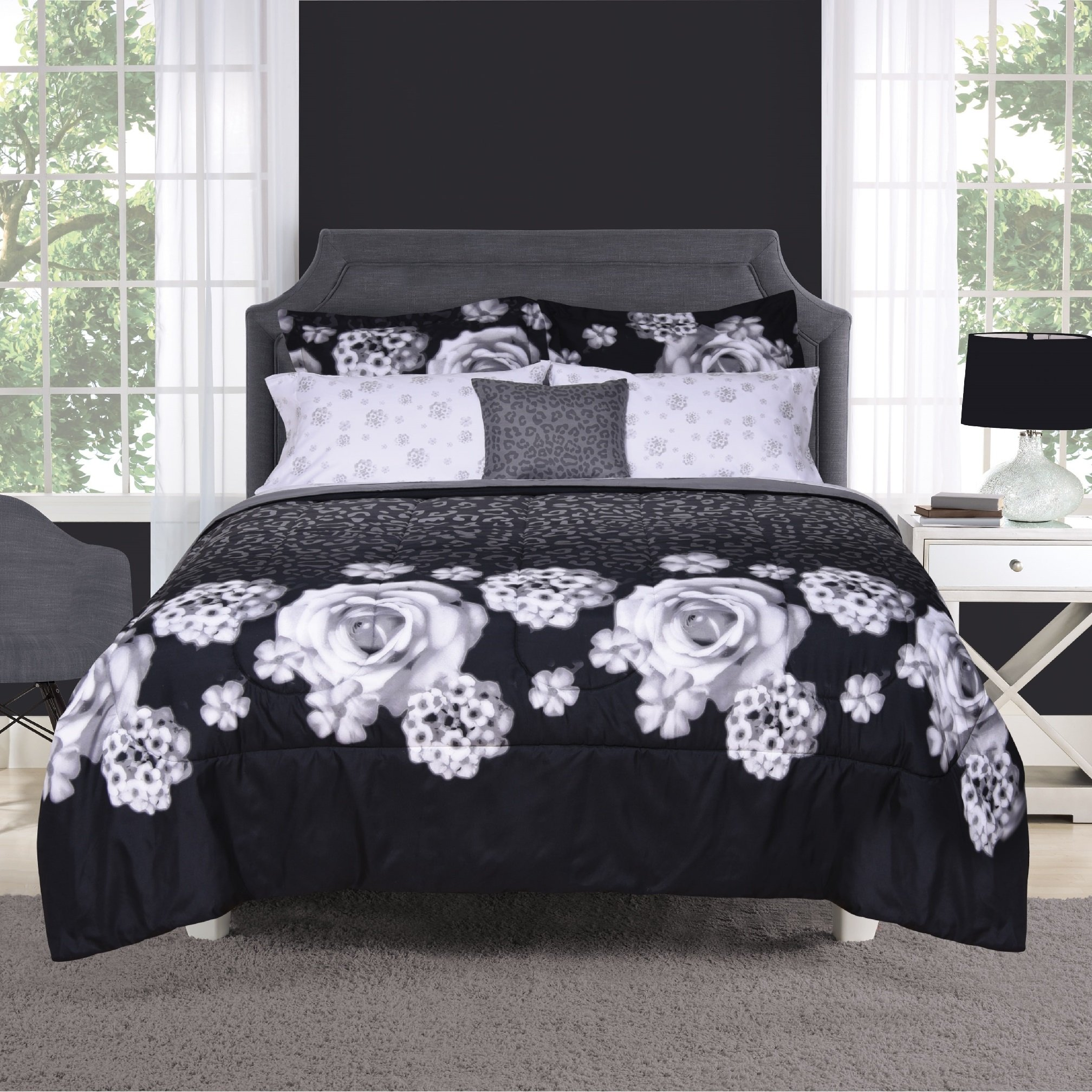 8 Piece Graphic 3D Rose Bouquet Motif Fitted Sheet Set Full Size, Printed Elegant Blooming Flowers Wild Animal Leopard Bedding, Luxurious Nature Theme, Bold Modern Stylish Artwork Design, Black, Ivory