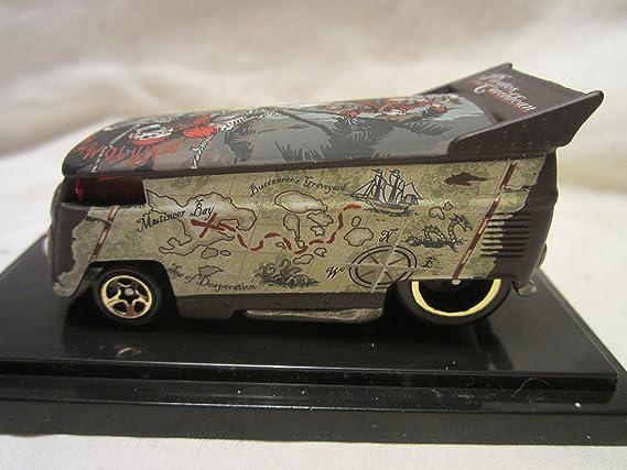 Amazon.com: Hot Wheels Piratas del Caribe Volkswagen Drag ...