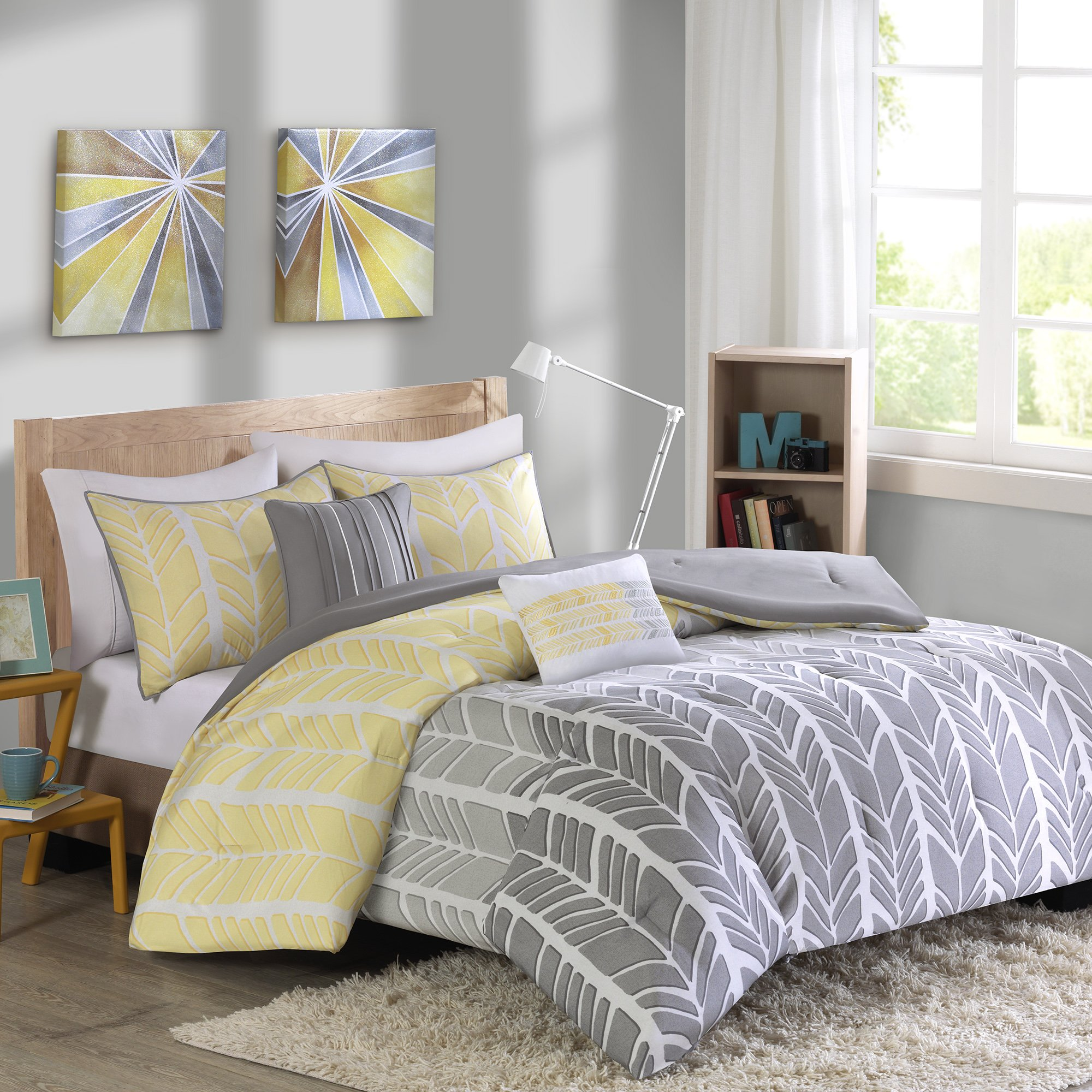 Intelligent Design Adel Comforter Set Full/Queen Size - Yellow, Light Grey, Grey, Geometric Chevron – 5 Piece Bed Sets – Ultra Soft Microfiber Teen Bedding for Girls Bedroom