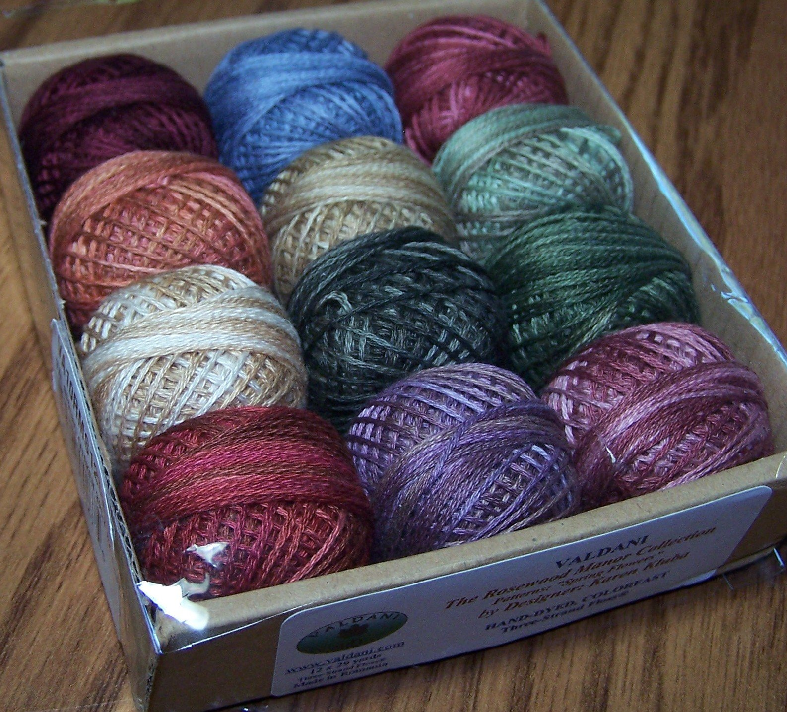 Valdani 3-strand cotton floss - Spring Quakers - Rosewood Manor by Valdani