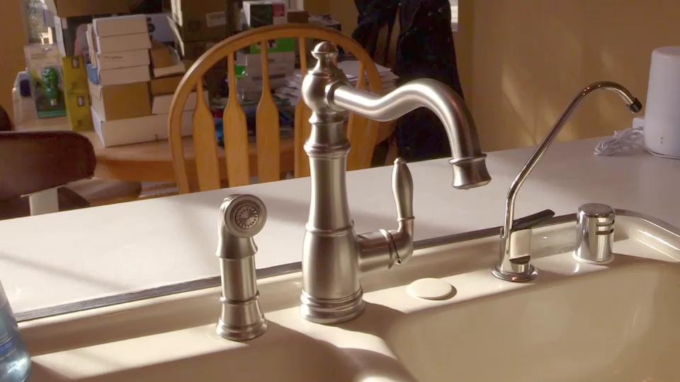 Moen S72101 Weymouth One Handle High Arc Kitchen Faucet