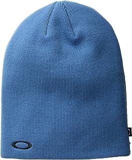 Amazon.com   Oakley Men s Barrow Beanie Hats bd670b19a35b