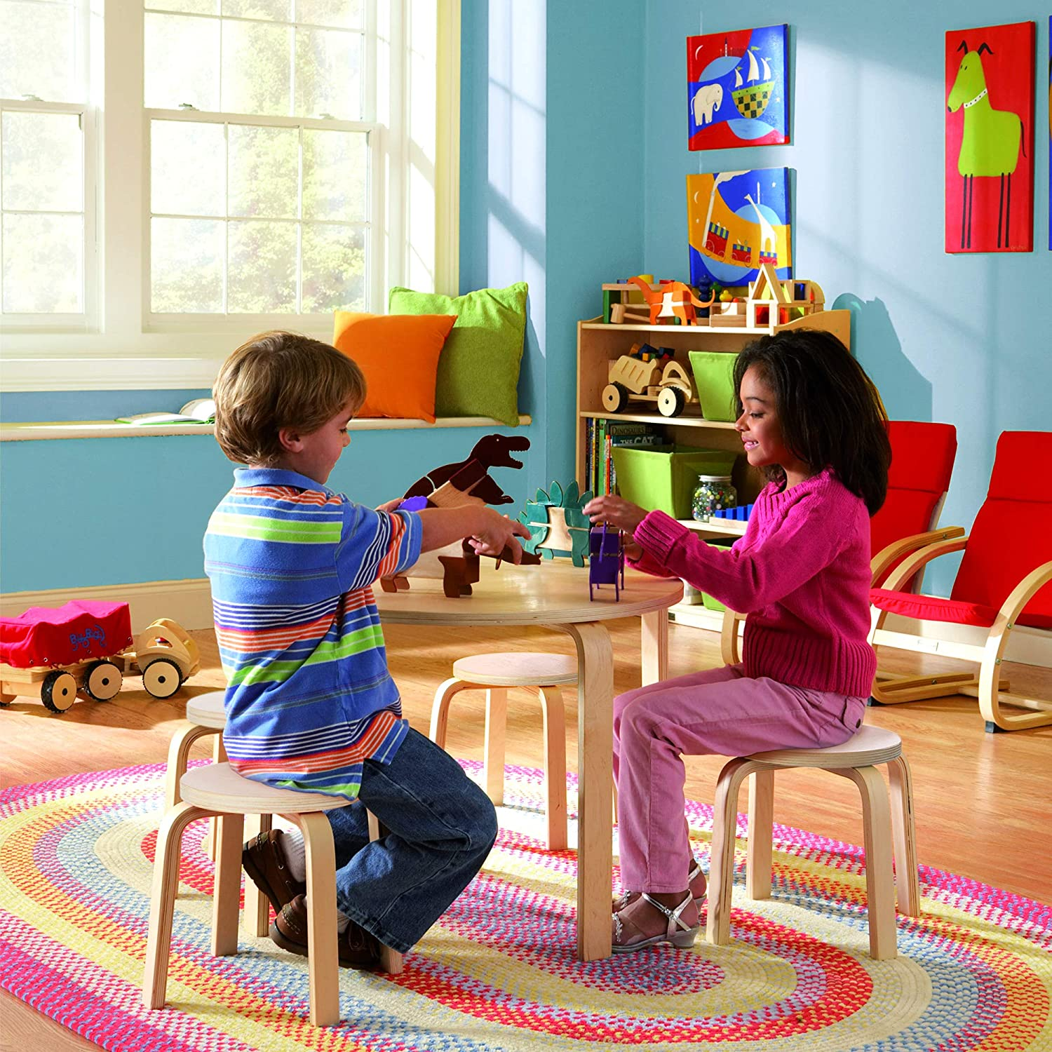 Amazon Com Guidecraft Nordic Table And Chairs Set For Kids Natural 4 Stacking Bentwood Stools With Curved Wood Activity Table Children S Modern Kitchen Playroom And Classroom Furniture Home Kitchen