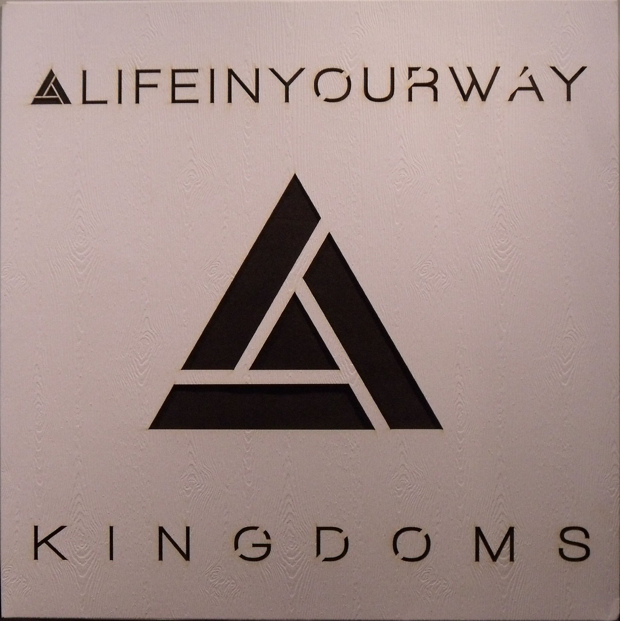 Kingdoms by Come & Live!