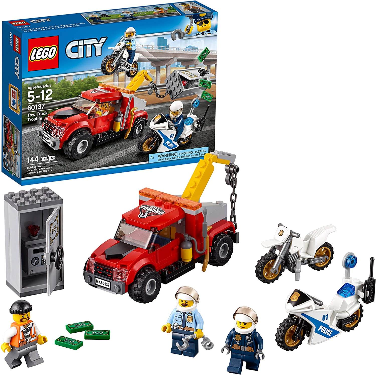 Amazon Com Lego City Police Tow Truck Trouble 60137 Building Toy 144 Pieces Toys Games