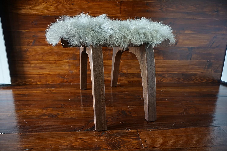 Minimalistisch Mahagoniholz Hocker / Stuhl mit echtem geschweiften Silber Norwegisch Pelssau Schaffell - Designermöbel von MILABERT (S0516M1)
