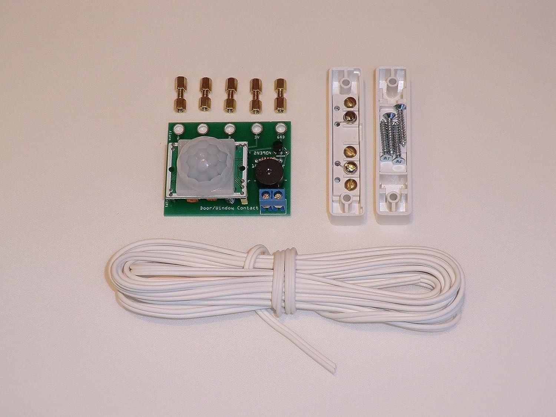 Placa de proyecto de alarma para BBC Micro:bit. Con sensor de movimiento PIR, sensor de puerta magnético y zumbador. Coloque el Microbit utilizando las ...