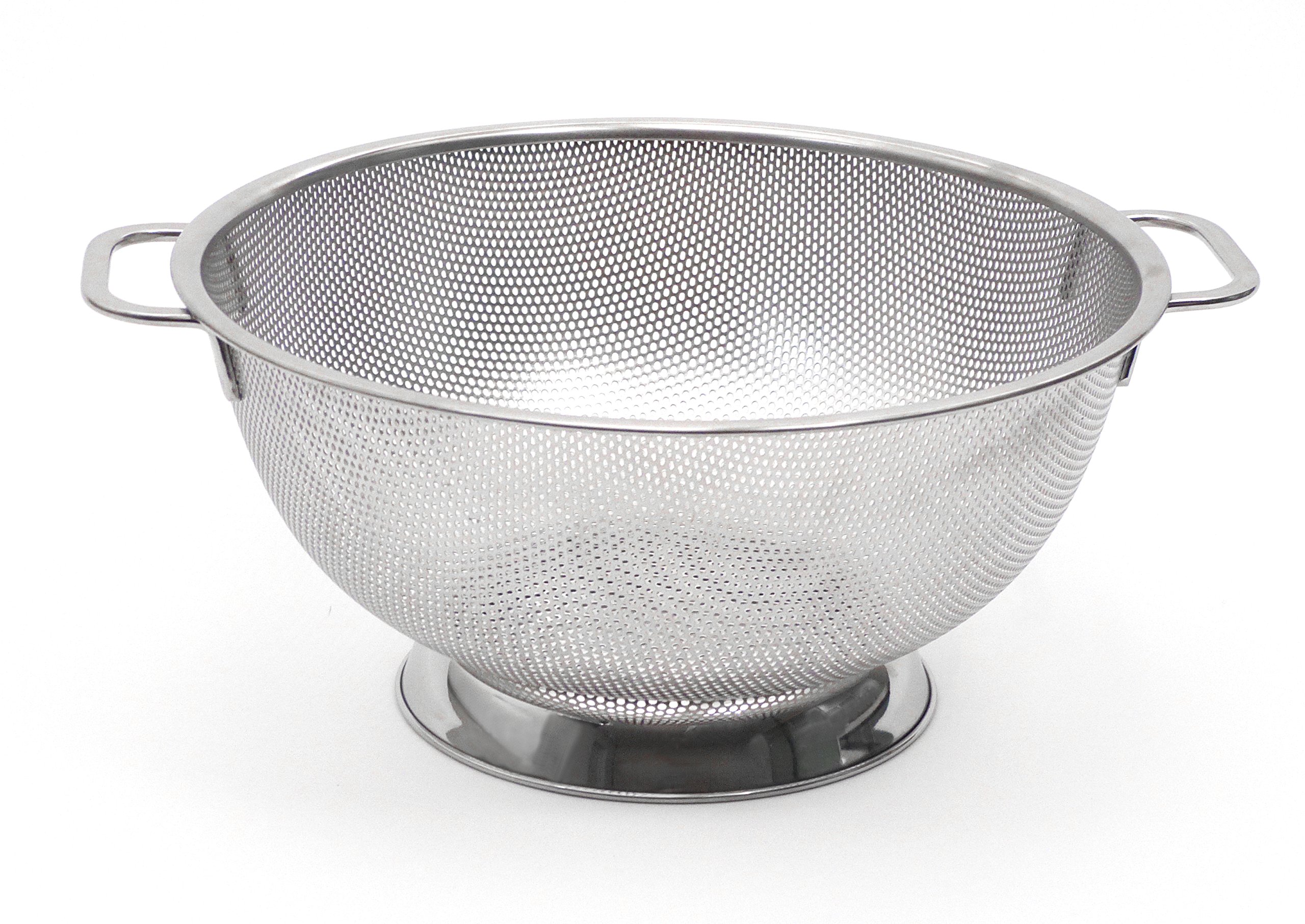RSVP Endurance Precision Pierced 18/8 Stainless Steel Colander, 5 Quart (PUNCH-5)