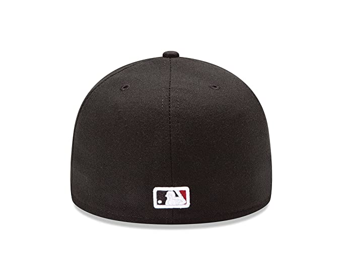 8c5dfbbb67632 Amazon.com   New Era MLB Game Authentic Collection On Field 59FIFTY Fitted  Cap   Sports   Outdoors