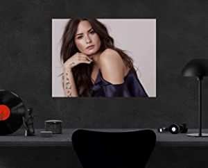 """Compatible with Demi Lovato Portrait Poster Wall Decor Art Wall Art Print Gift Poster Unframed Canvas Printing Size - 11""""x17"""" 18""""x24"""" 24""""x32"""" 24""""x36"""" (L - 24""""x32"""" (61x81cm))"""
