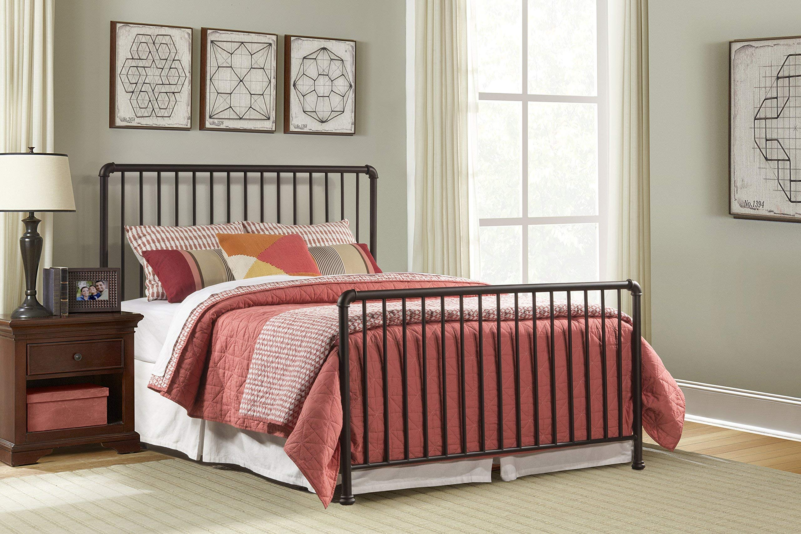 Hillsdale Furniture Bed Set With Frame Full Oiled Bronze by Hillsdale Furniture
