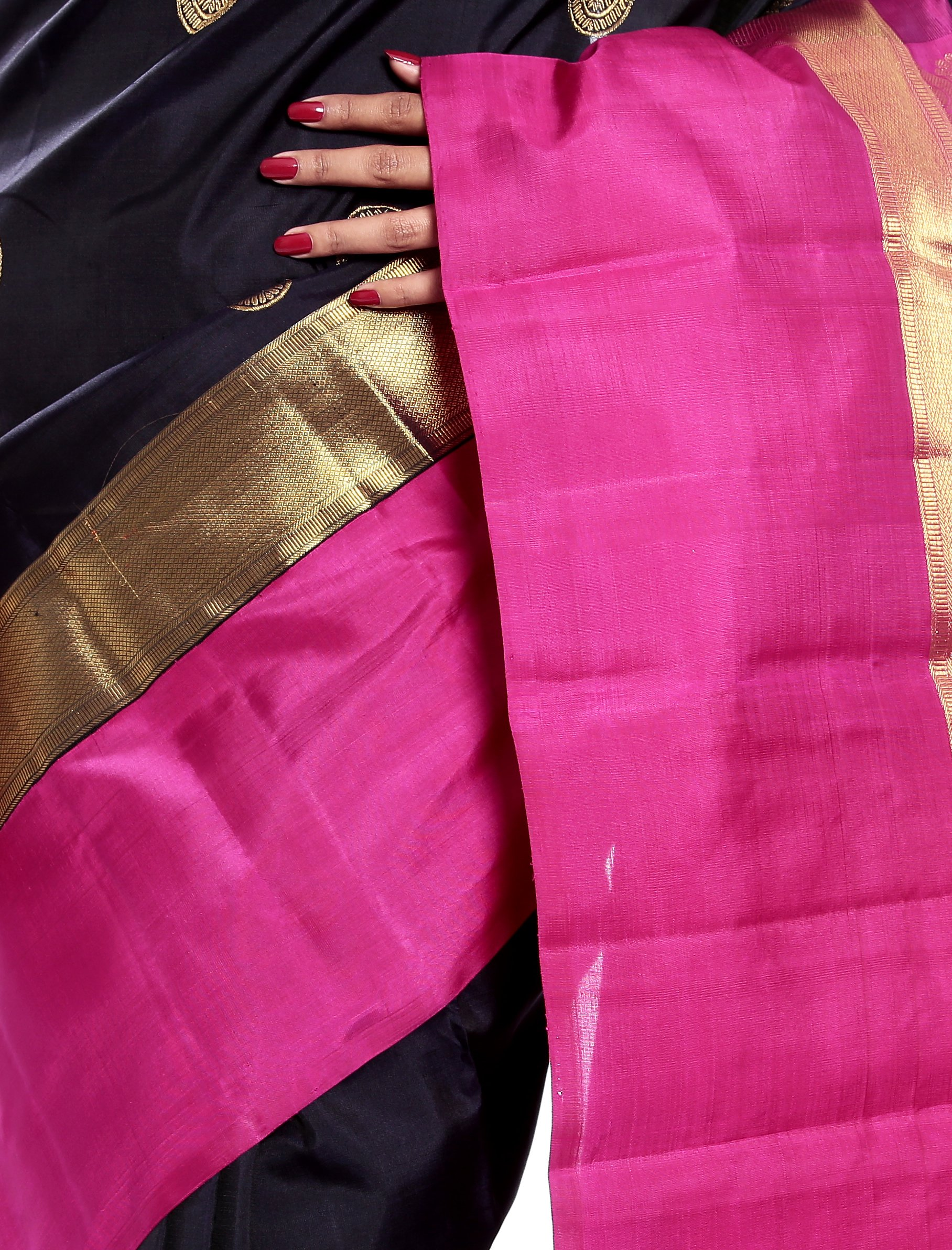 Mandakini — Indian Women's Kanchipuram - Handloom - Pure Zari & Pure Silk Saree (Black ) (MK214) by Mandakini (Image #4)