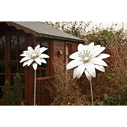 U0027Gerbera Magicu0027 Large Decorative Metal Garden Flower U0026 Ground Spike   1.88m  Tall. U0027