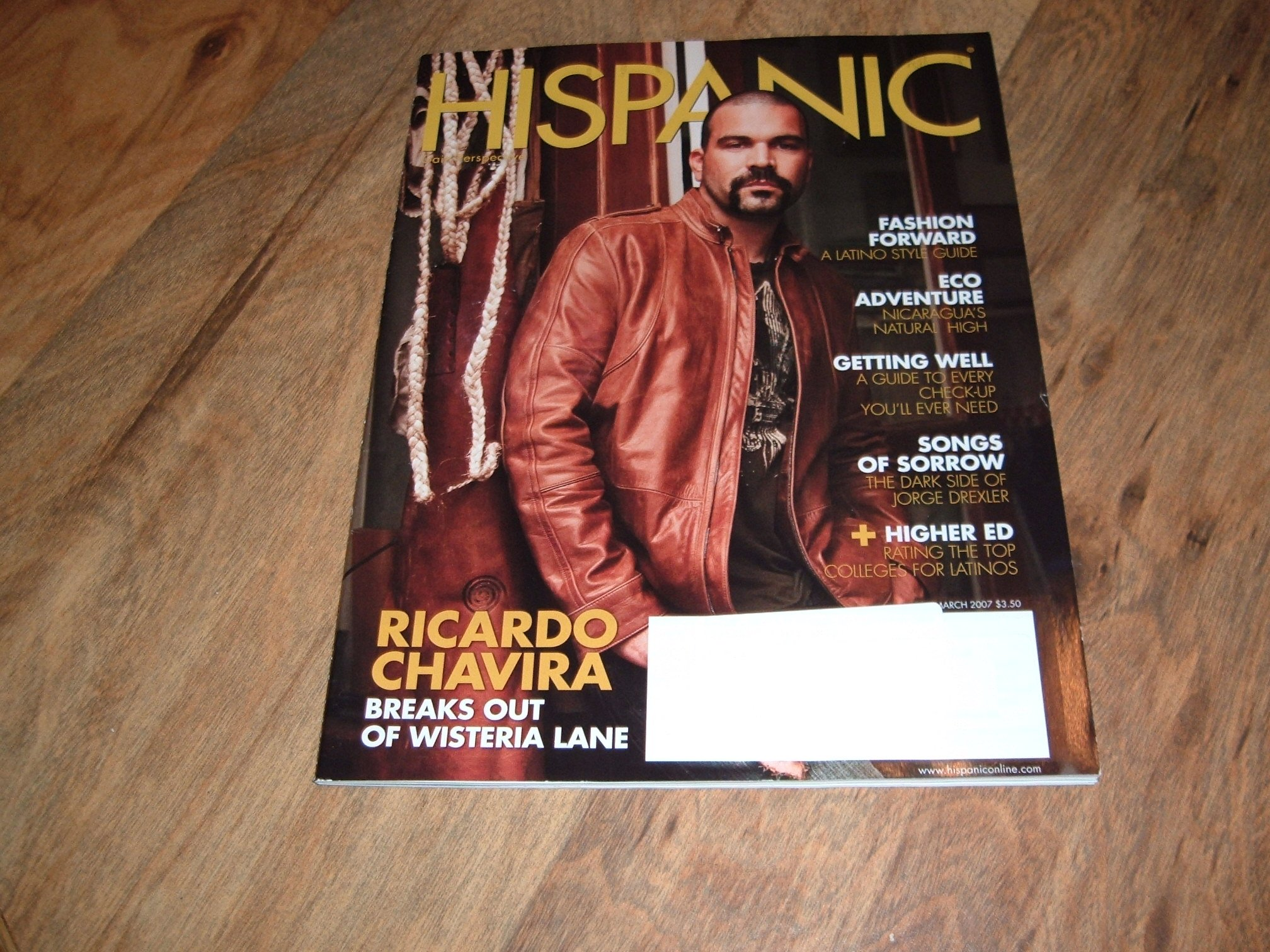 Download Ricardo Chavira, Desperate Housewives actor-Hispanic magazine, March 2007 issue. pdf
