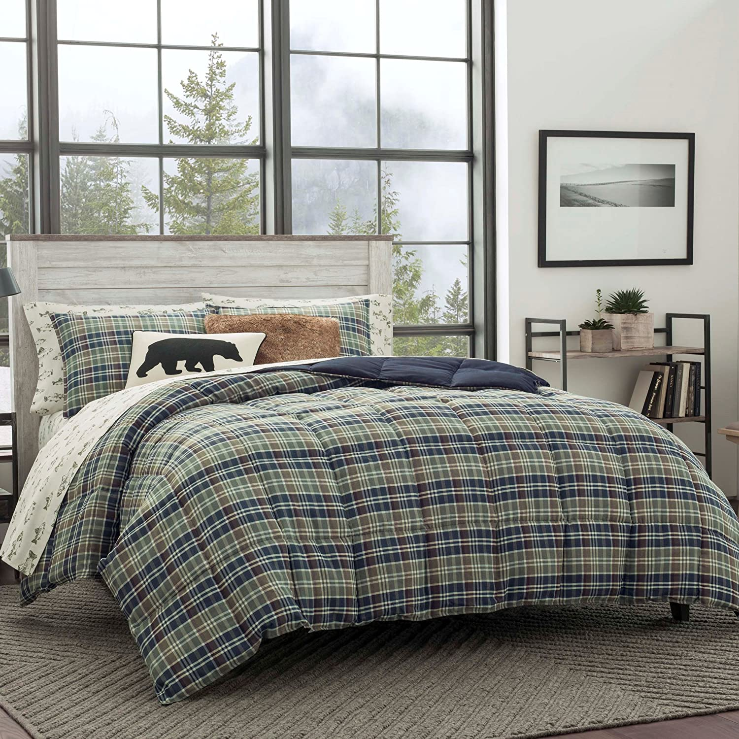 Eddie Bauer Rugged Plaid Comforter Set, King, Navy Blue