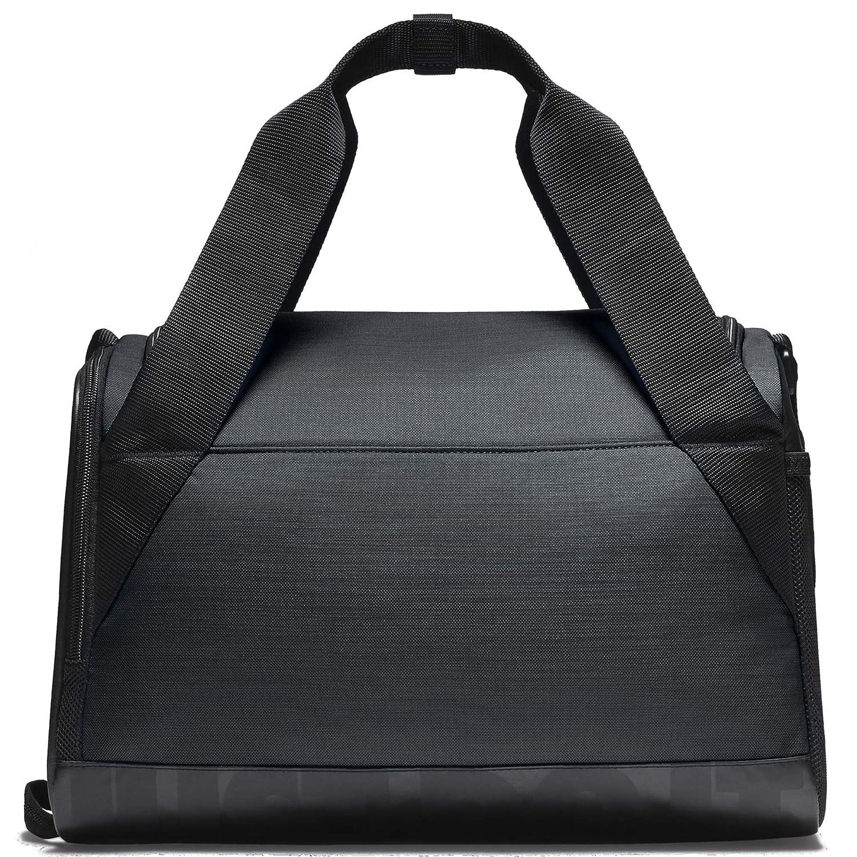ce72ca28cd16 Amazon.com  NIKE Brasilia Training Duffel Bag