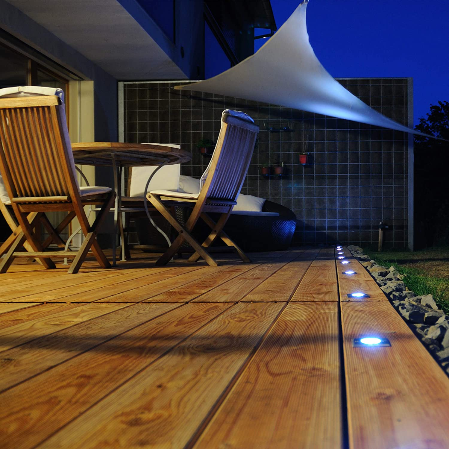 Water-Repellent White Shade Sail Triangle Balcony Canopy UV-Protection with Tethers 3x3x3m Relaxdays