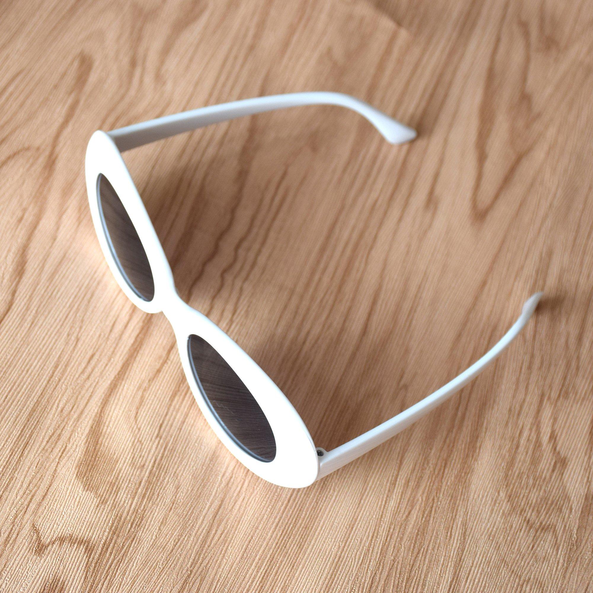 51e642d448 JUSLINK Bold Retro Oval Mod Thick Frame Sunglasses Round Lens Clout Goggles  White - USJL00071   Sunglasses   Clothing