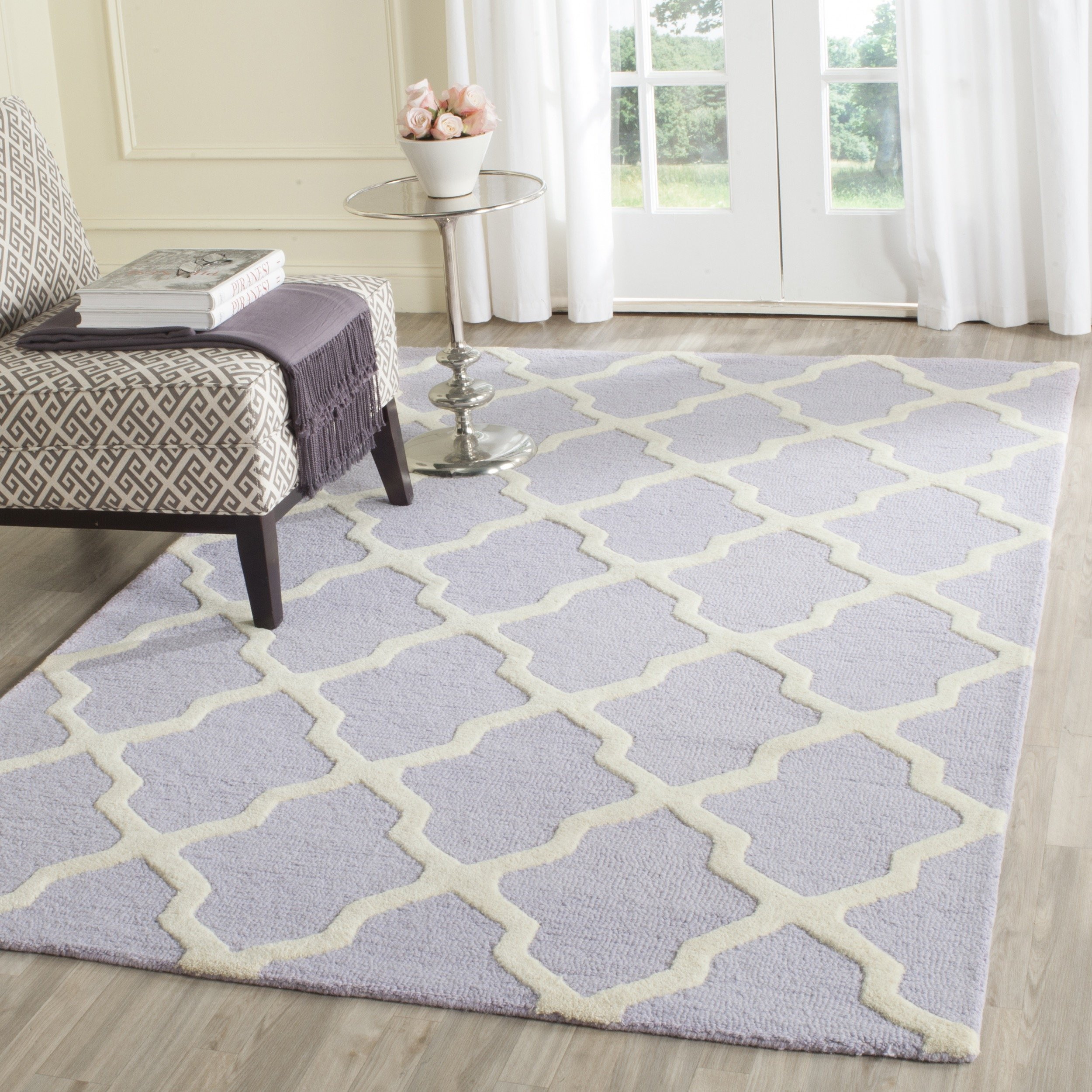 Safavieh Cambridge Collection CAM121C Handmade Moroccan Geometric Lavender and Ivory Premium Wool Area Rug (8' x 10')