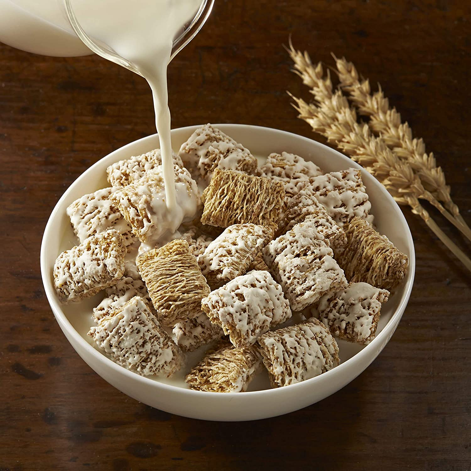 Amazon.com: Kelloggs Breakfast Cereal, Frosted Mini-Wheats, Original, Low Fat, Excellent Source of Fiber, 18 oz Box: