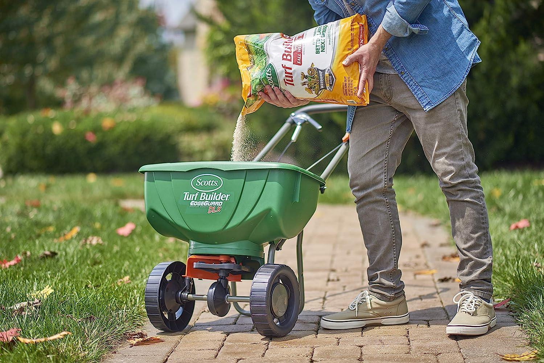 Amazon Com Scotts Turf Builder Winterguard Fall Weed Feed 3 5 000 Sq Ft Garden Outdoor