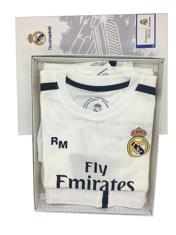 725c1bedf88ab Conjunto 1º Equipo SIN Dorsal Liso Real Madrid JR 2018-2019 Camiseta+Pantalones  Cortos- Niño (T10)  Amazon.es  Deportes y aire libre