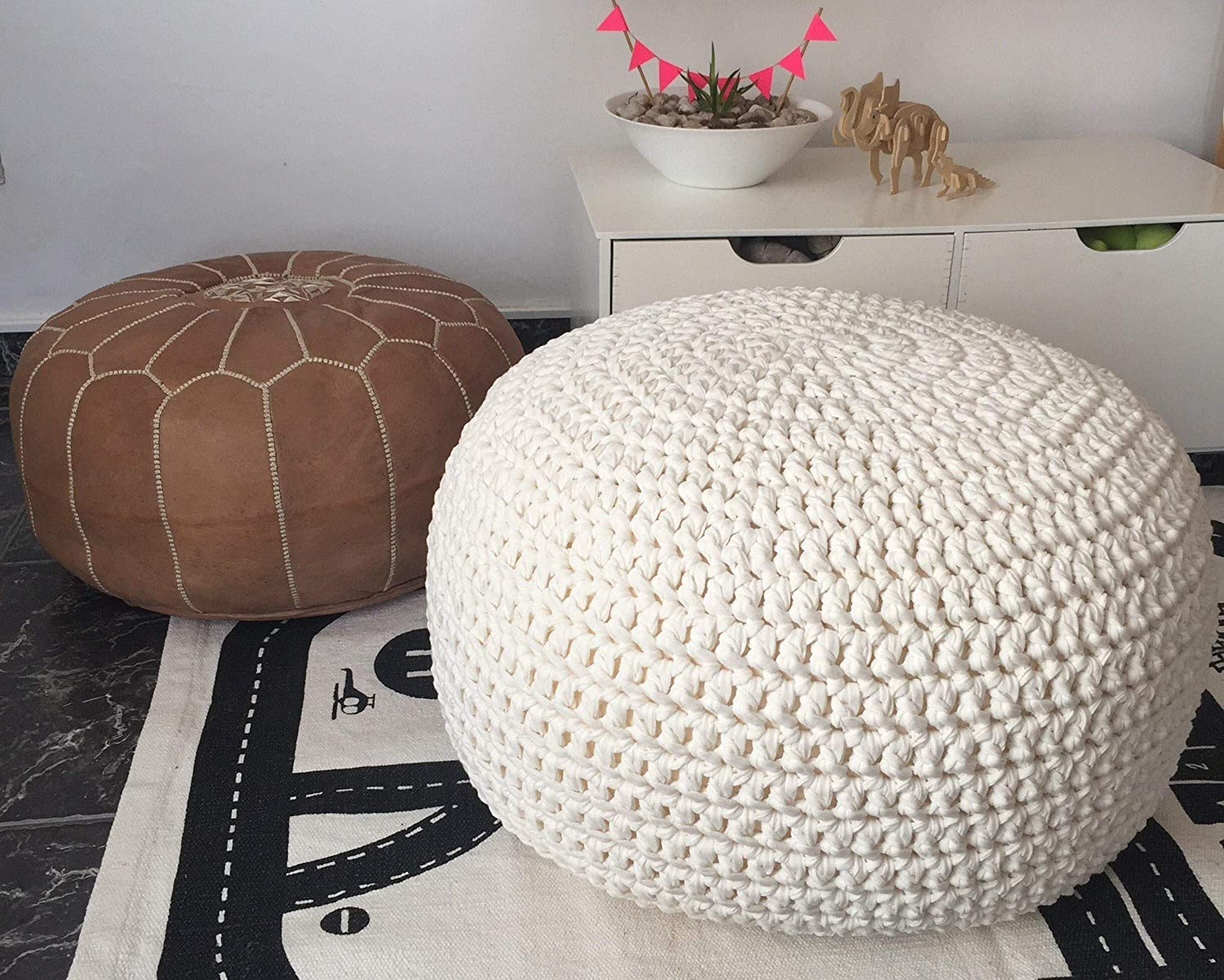 Marvelous Amazon Com White Knit Round Ottoman Nursery Foot Rest Machost Co Dining Chair Design Ideas Machostcouk