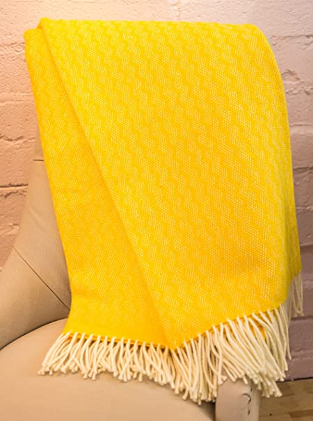9f7d400d99 Tweedmill Zig Zag Yellow Wool Blanket Throw  Amazon.co.uk  Kitchen   Home