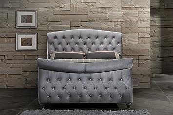 Inland Empire Furniture's Hudson Grey Velvet King Sleigh Bed