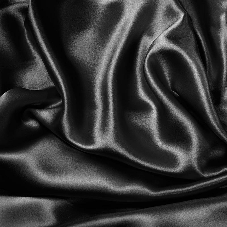 7261dedf19 Amazon.com  Aus Vio 100-Percent Silk Robe