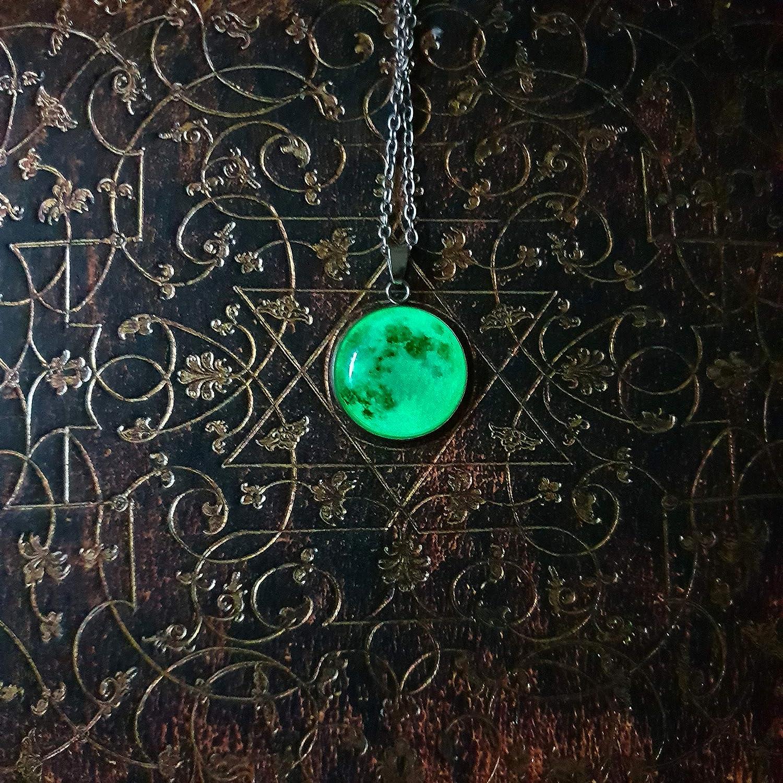 4dbb149a1c56 YouOne Colgante Mujer Luna Collares Piedra Fluorescente Brilla Moon  Necklace bisuteria Cadena Regalo Madre Novia niña Amistad (Grey)   Amazon.es  Joyería