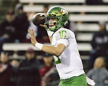 check out ea8fc 28e3a Amazon.com : JUSTIN HERBERT OREGON DUCKS FOOTBALL 8X10 ...