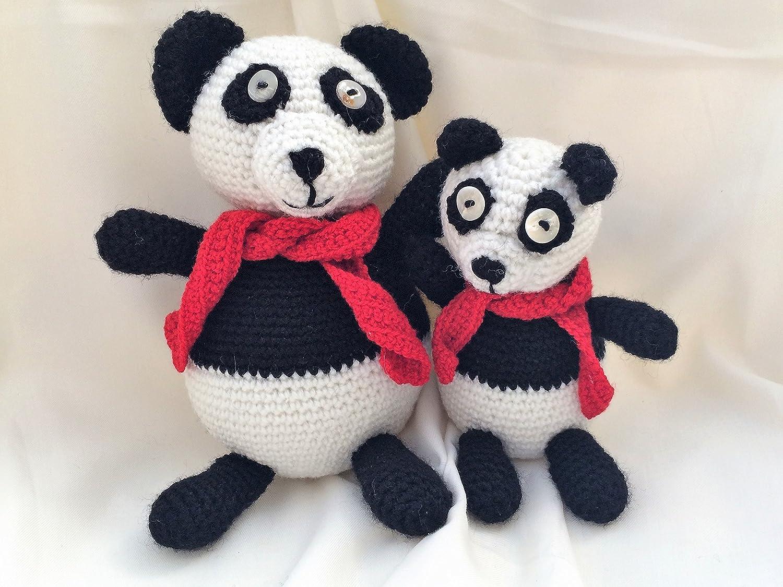 Amigurumi Panda Bear Pattern Millie Crochet pattern by Patchwork Moose | 1125x1500