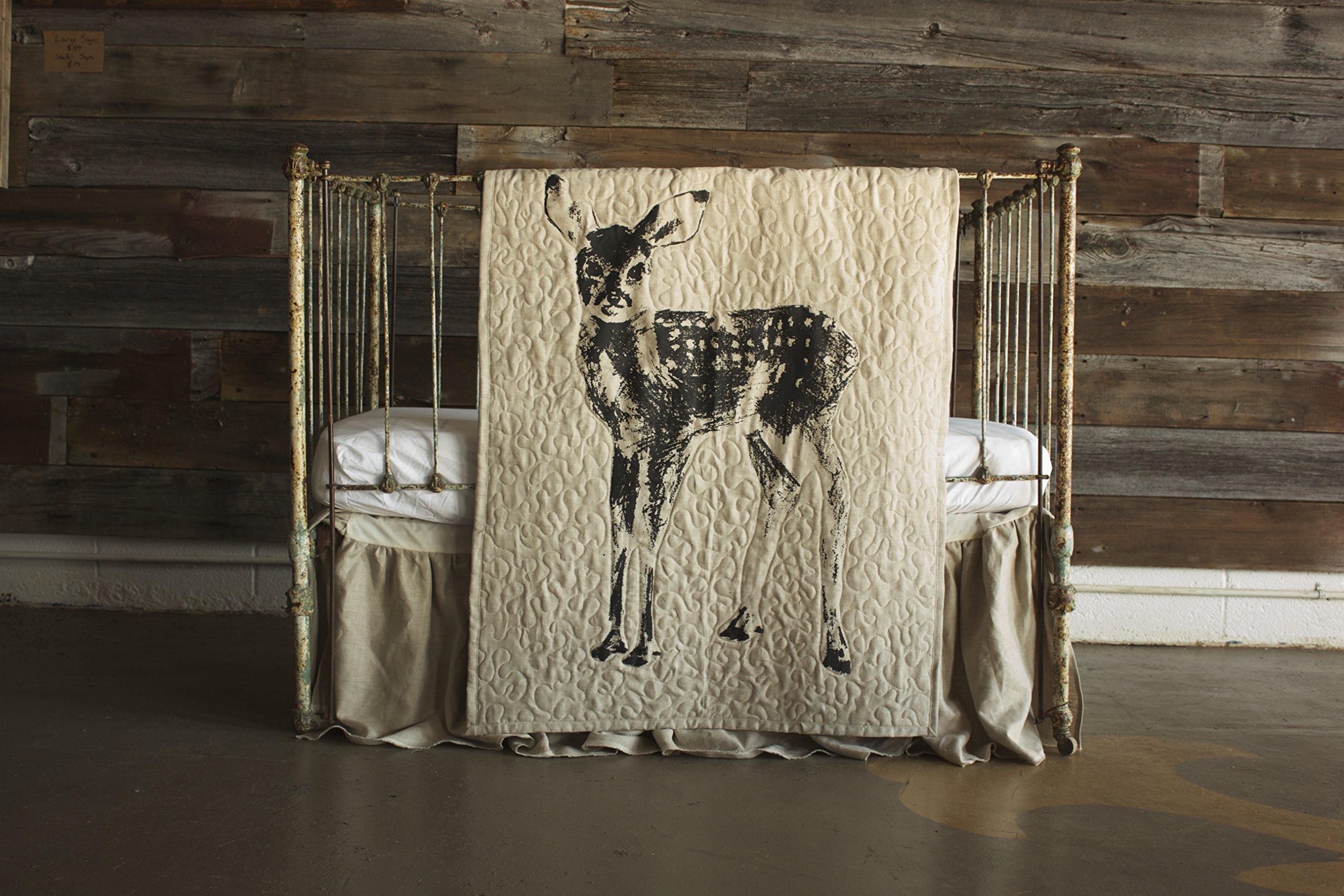 Standing Fawn - Linen Crib Quilt - 36x45