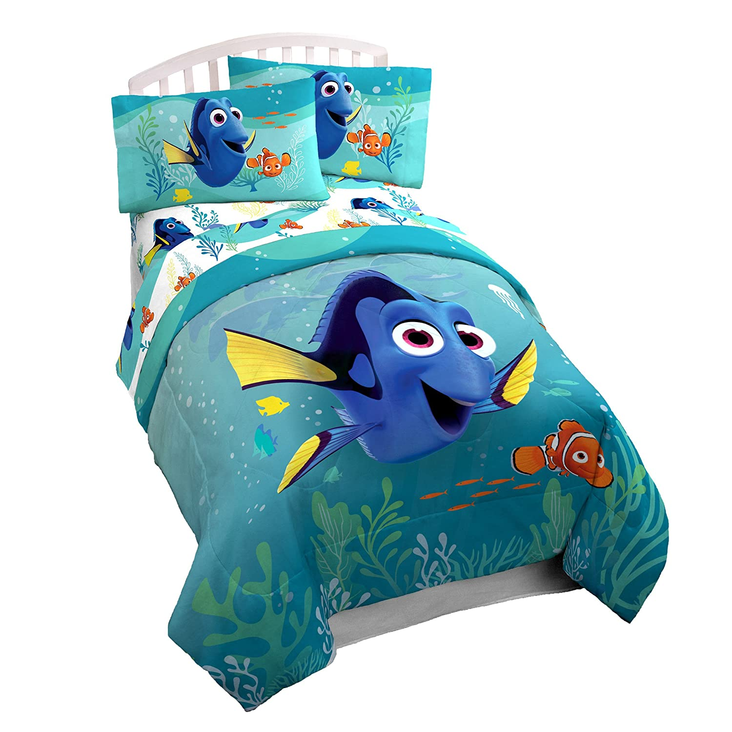 Disney Pixar Finding Dory Stingray Twin Comforter - Super Soft Kids Reversible Bedding features Dory and Nemo - Fade Resistant Polyester Microfiber Fill (Official Disney Pixar Product)