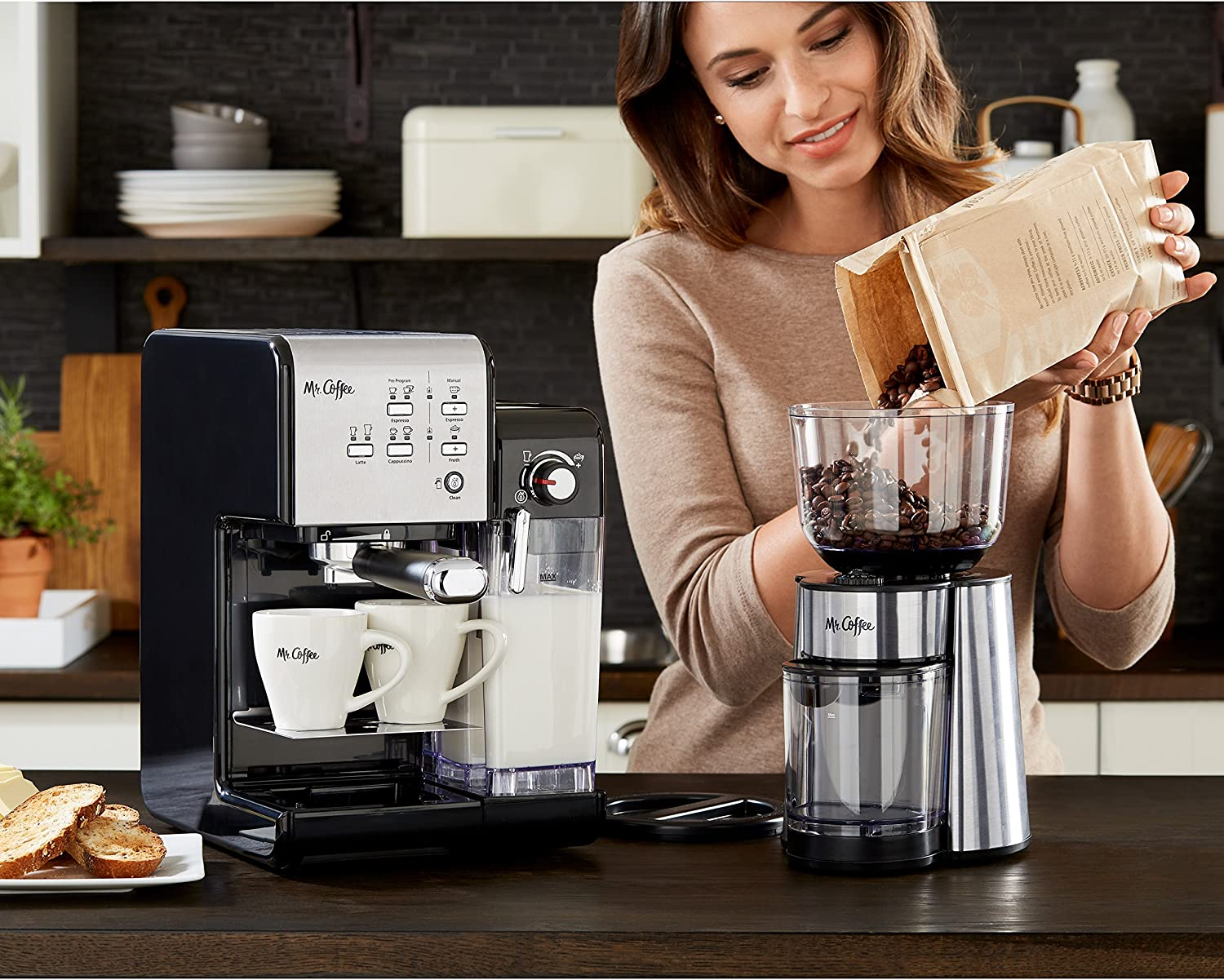 Best Espresso and Coffee Maker in 2020: Reviews & Buying Guide 7