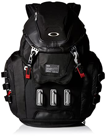 Amazon.com: Oakley Kitchen Sink Backpack, Black, One Size: Clothing