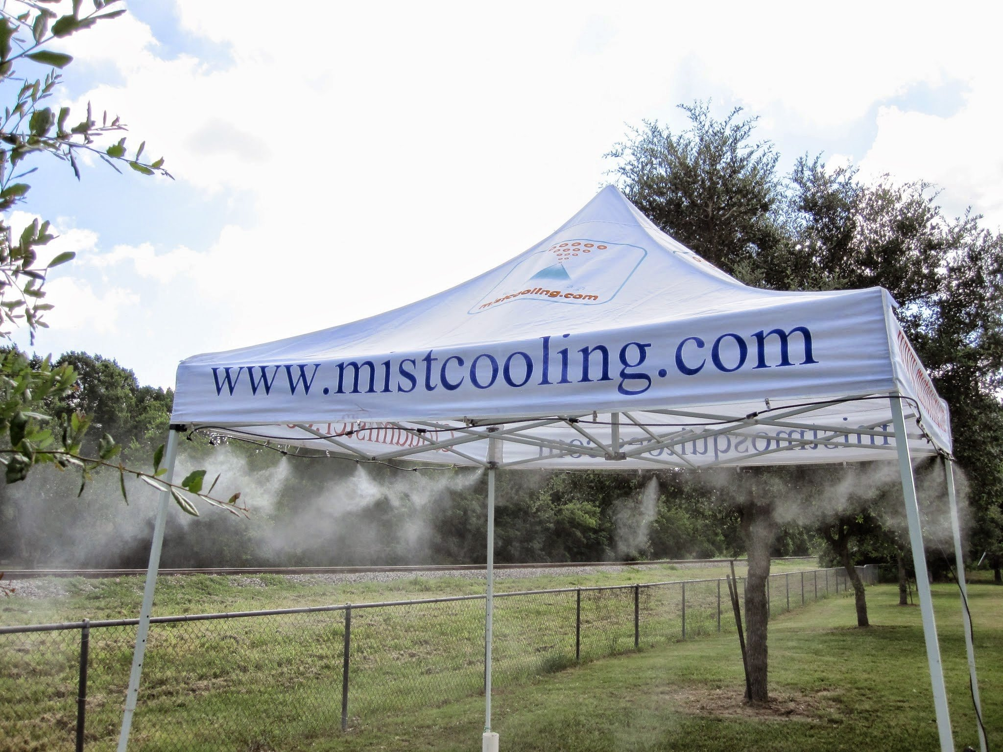 Misting Tent - Tent with Mist system - For Outdoor Events - With Low Pressure Misting System- Easy to Set-Up (White)