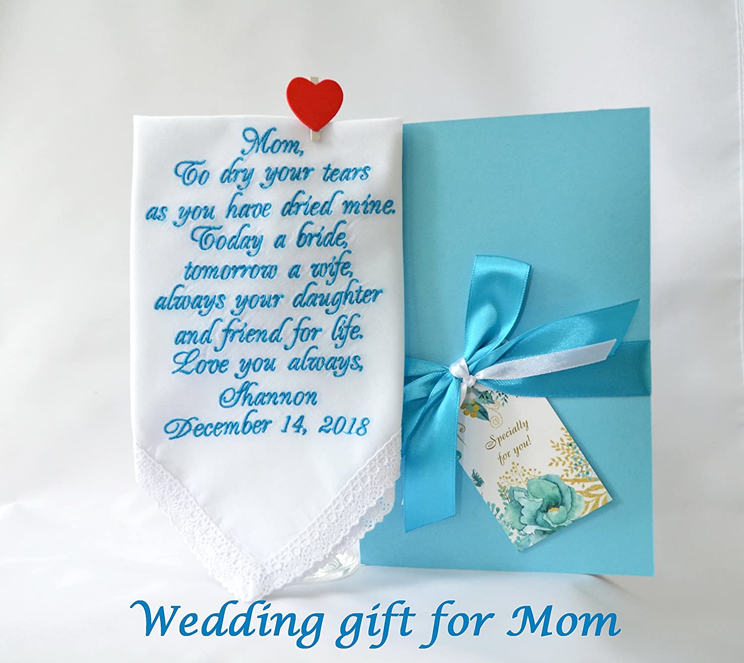 Wedding gift for Mom from daughter Mother of the Bride handkerchief Wedding keepsake Personalized hankies Embroidered hankie Wedding favours Custom hankies Mother daughter gift