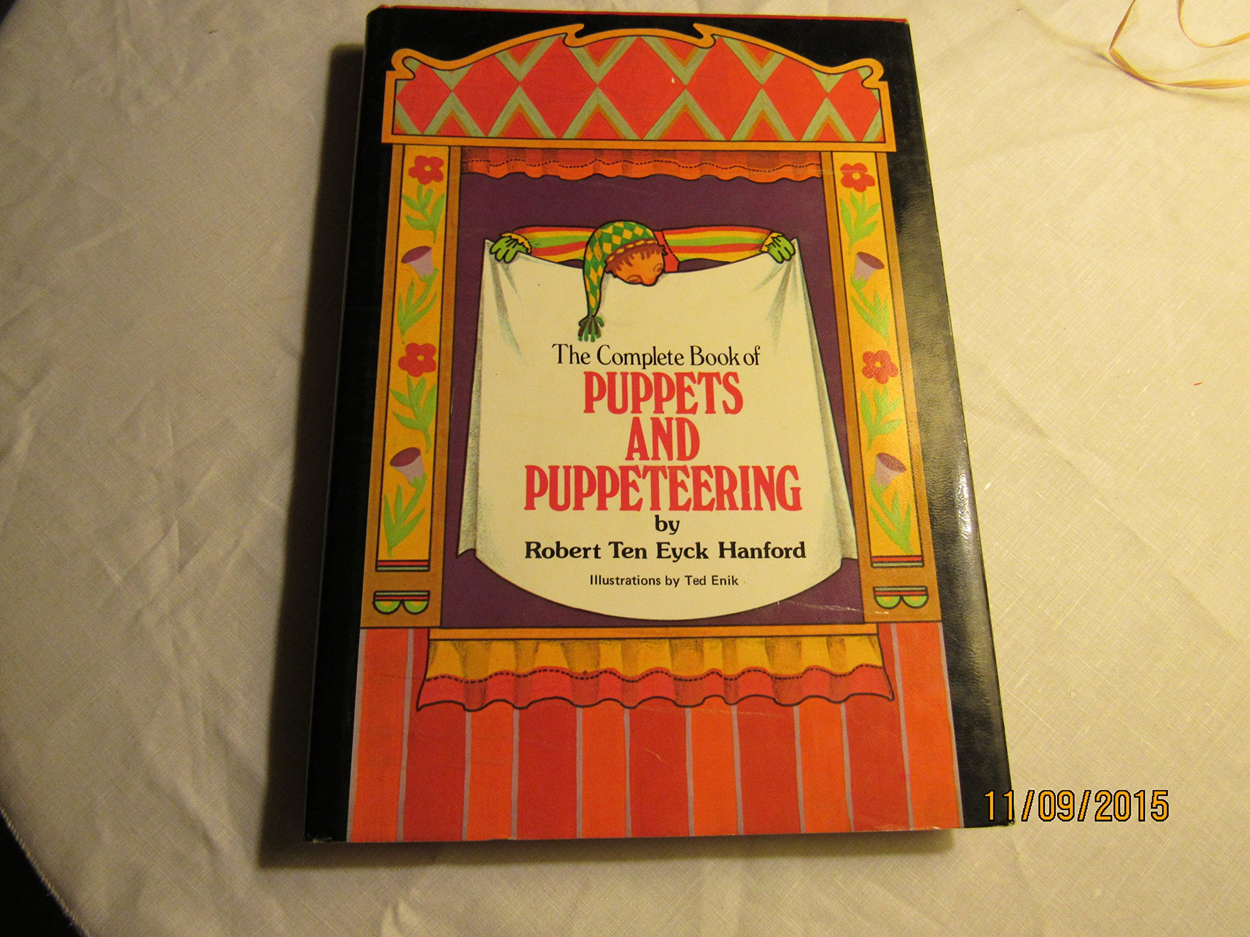 The Complete Book of Puppets and Puppeteering