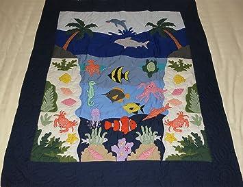 Amazon.com : Hawaiian Quilt Baby Blanket/Wall Hanging, hand ... : under the sea quilt - Adamdwight.com