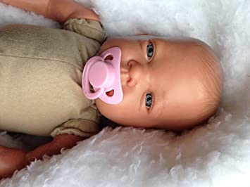 Amazon.es: Reborn bebé muñeca Celia, Heavy, 19 cm de largo ...