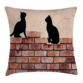 Funda de cojín con diseño de gatos y gatitos, color negro sobre ladrillo rojo,