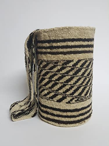 Amazon.com: Authentic Indigeneous artisan - Arhuaco handbag - Colombian mochila - Handmade and woven from sheep wool by women 282: Handmade