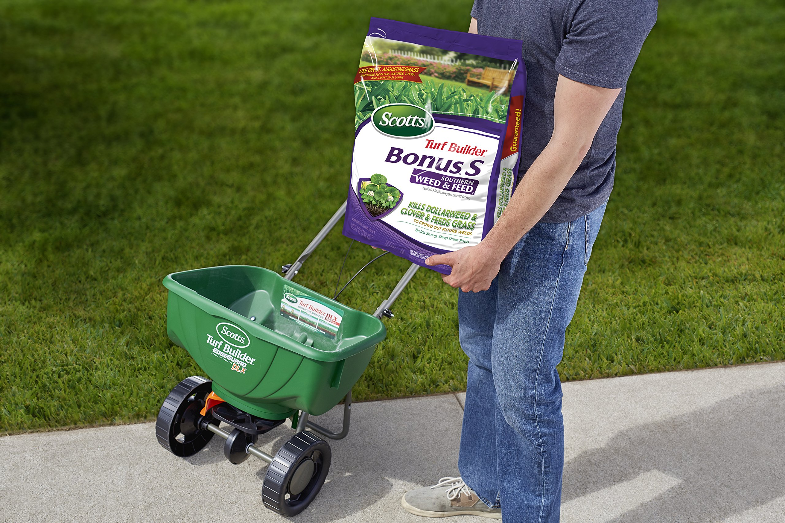 Scotts Turf Builder Bonus S Southern Weed and Feed, 5000 sq. ft. (Sold in select Southern states) by Scotts (Image #2)
