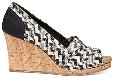 TOMS Women's Classic Wedge Black Chevron Woven with Cork Wedge Wedge