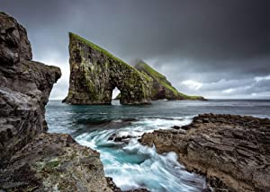 Jigsaw Central Faroe Islands 1000 Piece Jigsaw Puzzle for Adults and Children