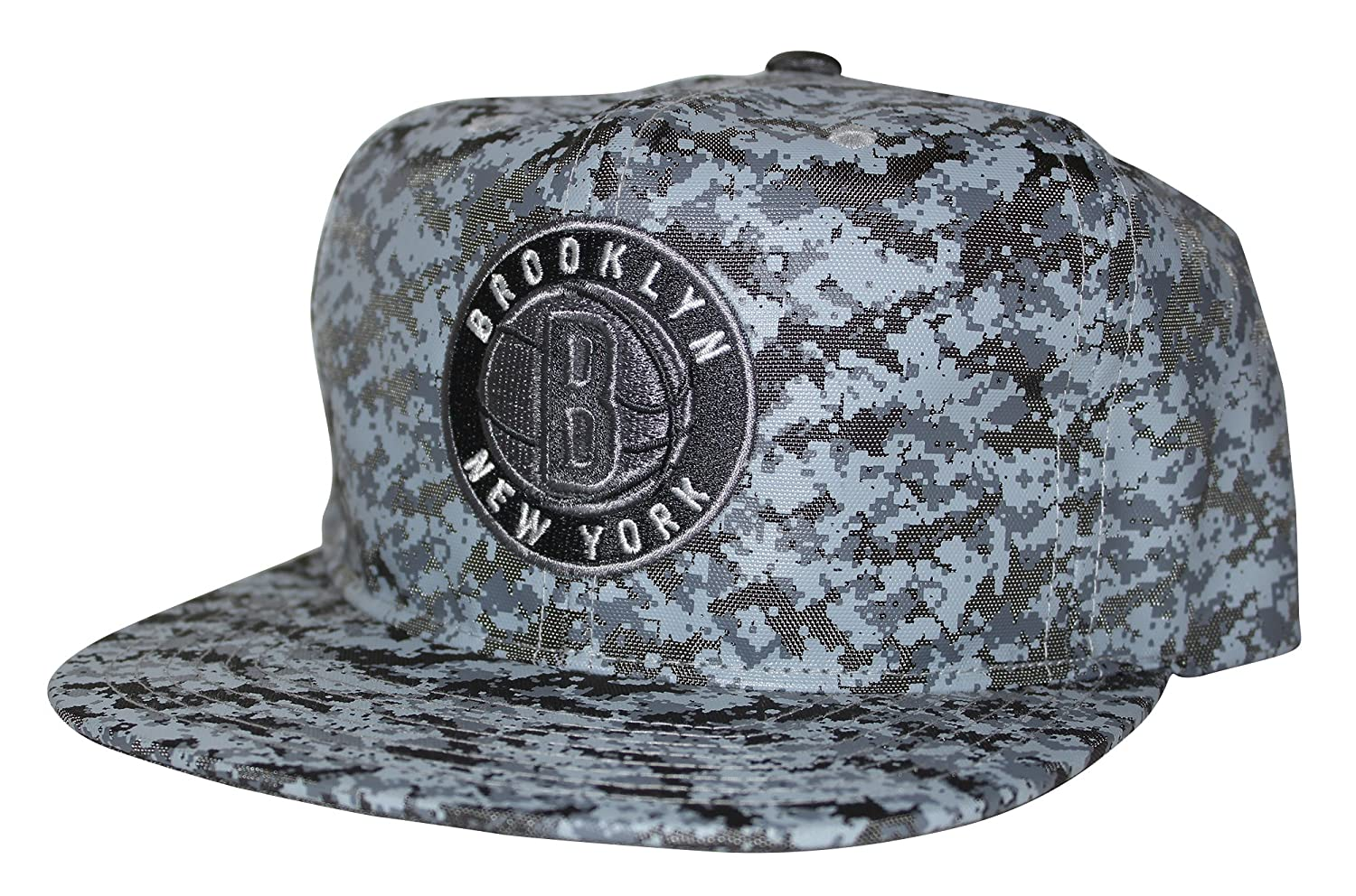 Amazon.com   Mitchell   Ness NBA Ballistic Nylon Camo Snapback Hat  (Brooklyn Nets)   Sports   Outdoors a82a7a68db4
